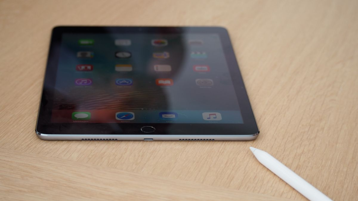 9.7-inch iPad Pro hands-on